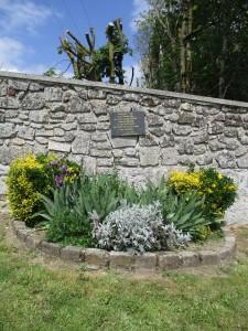 Chemin de Béron, là où furent fusillés les soldats Brosse et Boursaud.