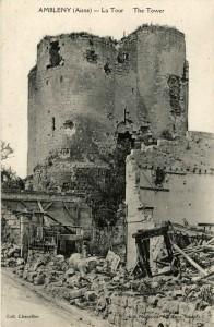 La tour a résisté aux bombardements de 1918.